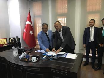 """KDZ.EREĞLİ  TİCARET VE SANAYİ ODASI """"KARDEŞ ODA"""" PROTOKOLÜ İMZADI"""